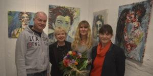 (v.l.n.r.) Matthias Stich (Theater Die Schmiere), Edda Rössler (ROESSLER ProResult), Meike Helberger und Effi Rolfs (Theater Die Schmiere)